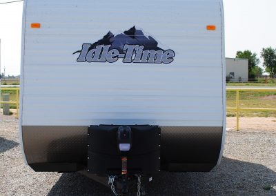 Exterior front view. Idle Time logo. Hitch.