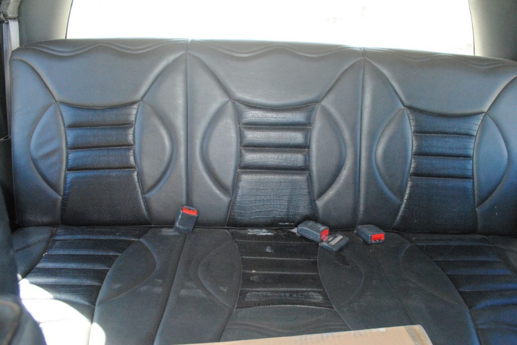 Image of the backseats of the truck cab